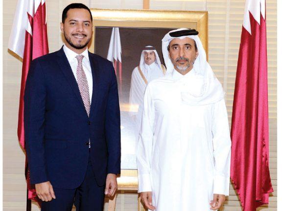 Photo of وزير الثقافة والرياضة يجتمع مع السفير البنمي