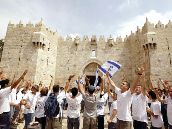 Photo of دعوات يهودية لاقتحامات واسعة للأقصى اليوم