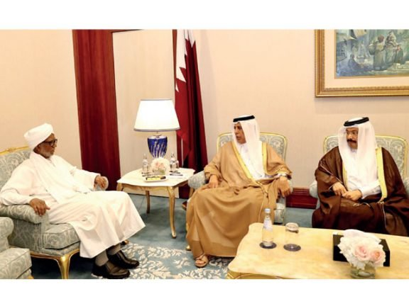 Photo of رئيس الشورى يلتقي عدداً من البرلمانيين الدوليين