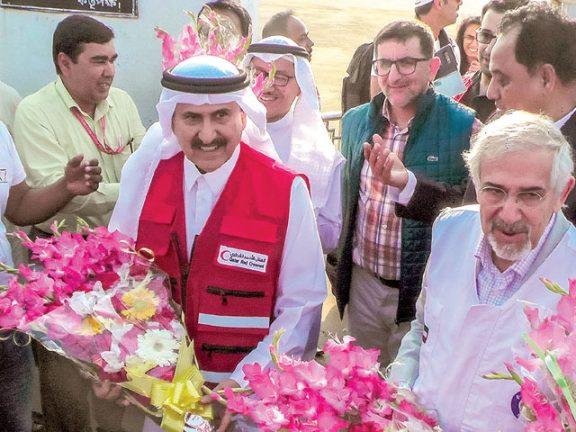 Photo of الهلال الأحمر يسلم وحدات إيواء للاجئي الروهينجا