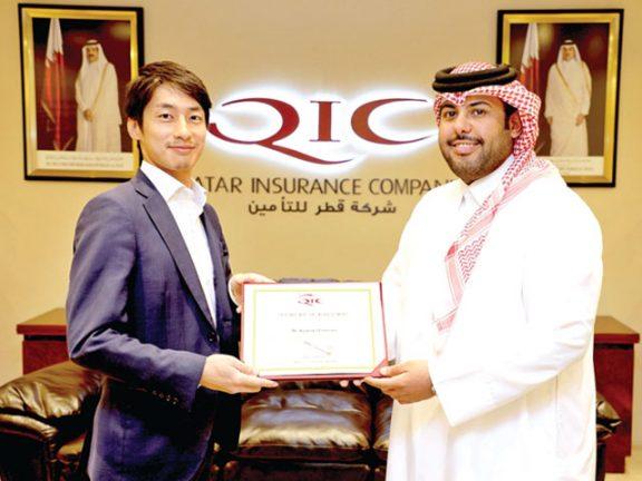 Photo of قطر للتأمين تكرم متدرباً من «سومبو اليابان»