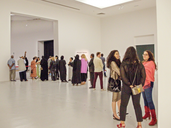 Photo of المتاحف تكشف الجانب المظلم لصناعة الأزياء