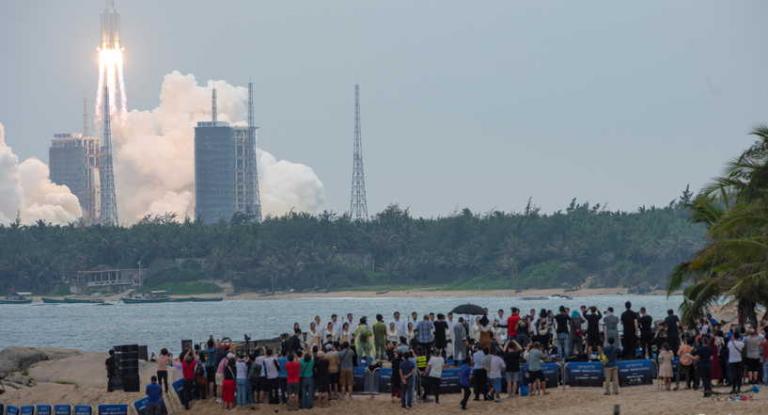 Photo of البنتاغون يتوقع موعد سقوط صاروخ الصين الخارج عن السيطرة