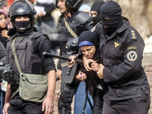 Photo of هيومن رايتس تدعو لتحقيق دولي في التعذيب بمصر