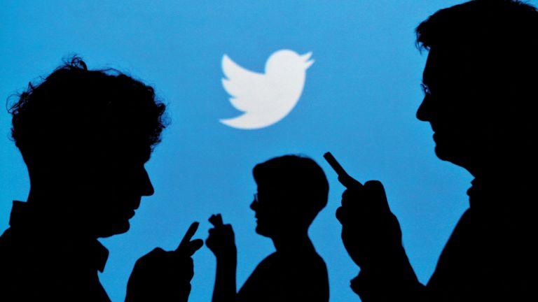 Photo of تويتر تتيح مشاهدة التغريدات للأصدقاء الموثقين فقط..!
