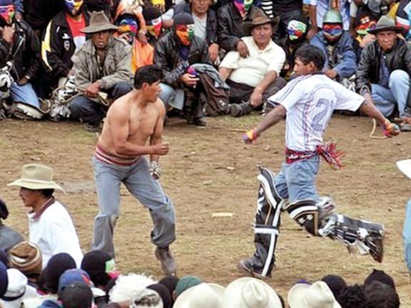 Photo of بيرو: مهرجان للقتال لتصفية الحسابات القديمة