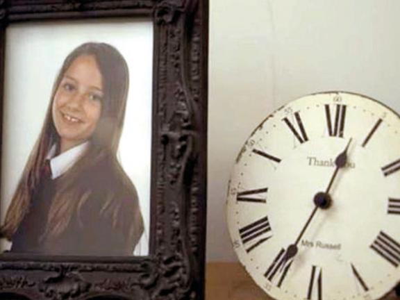 Photo of مواقع التواصل تدفع البريطانيين للانتحار