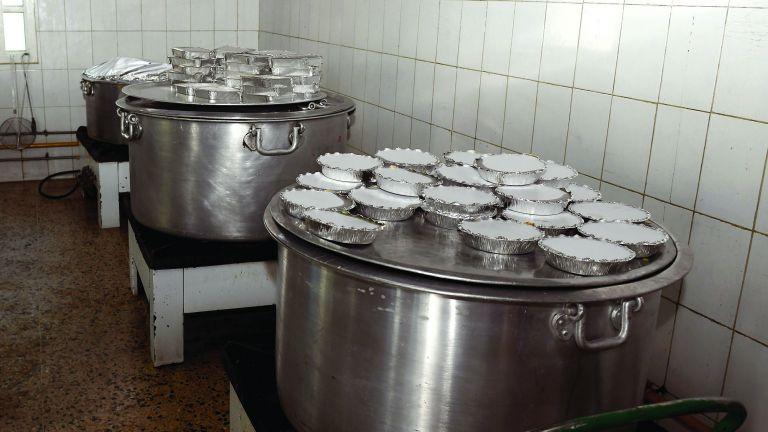 Photo of الراية ترصد استعدادات المطابخ الشعبية للعيد
