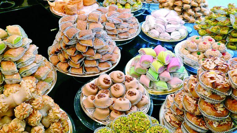 Photo of تجنب الإفراط في تناول الحلويات في العيد