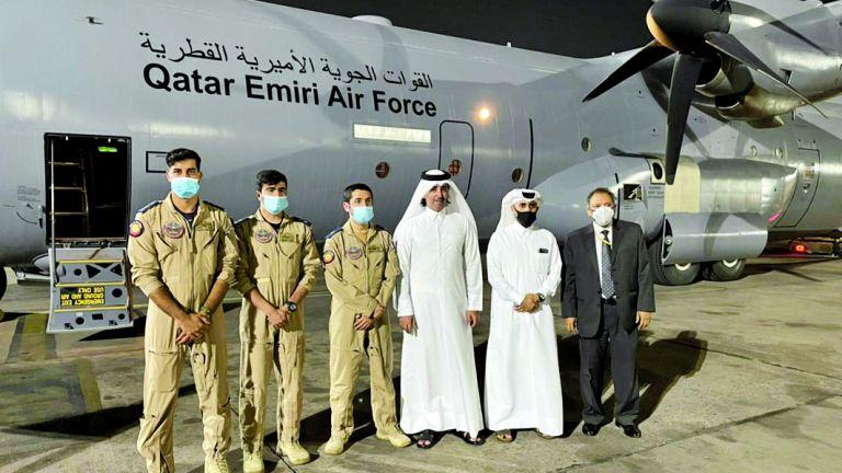 Photo of وصول مساعدات طبية قطرية للهند