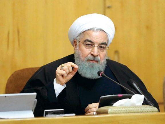Photo of روحاني يتفهم احتجاجات الإيرانيين ويهاجم ترامب