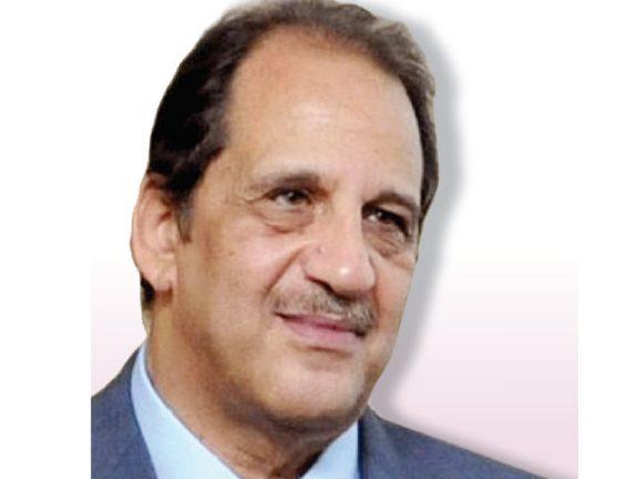 Photo of السيسي يكلف عباس كامل برئاسة المخابرات العامة