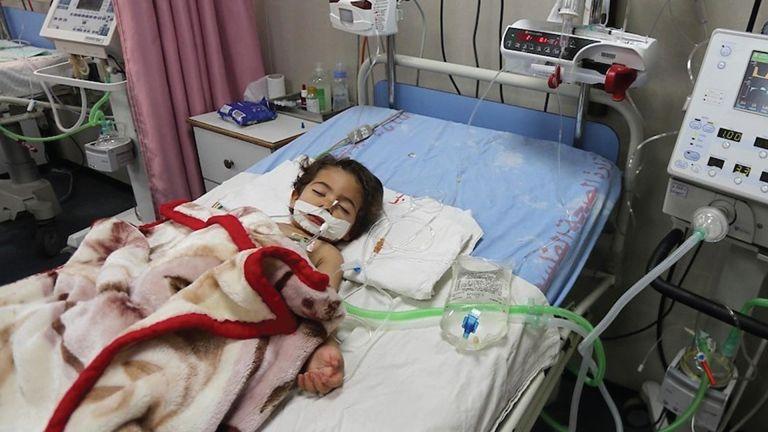 Photo of إسرائيل تنتهك الحقوق الصحية للفلسطينيين