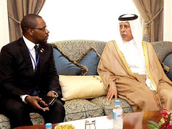 Photo of آل محمود يجتمع مع وزير البترول في غينيا الاستوائية