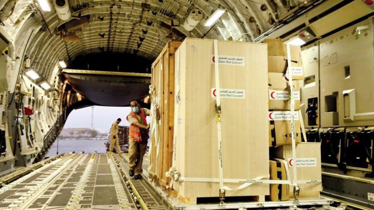 Photo of 37 طنًا مساعدات طبية إلى مستشفى حمد بن خليفة في موريتانيا