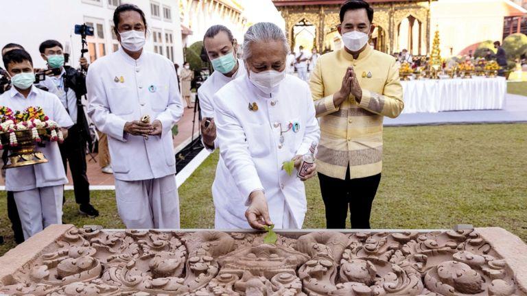 Photo of تايلاند تستعيد عتبتين أثريتين من أمريكا