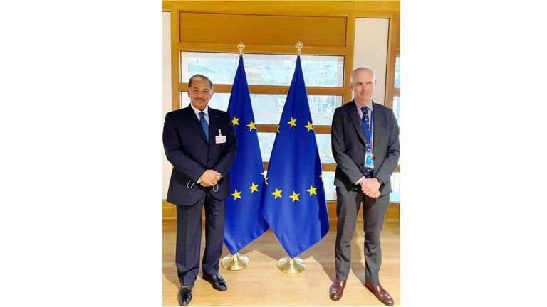 Photo of مستشار الشؤون السياسية لرئيس مجلس الاتحاد الأوروبي يجتمع مع سفير قطر