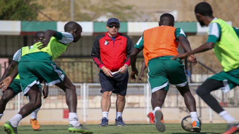 Photo of السوداني يُعلن قائمته لتصفيات كأس العرب