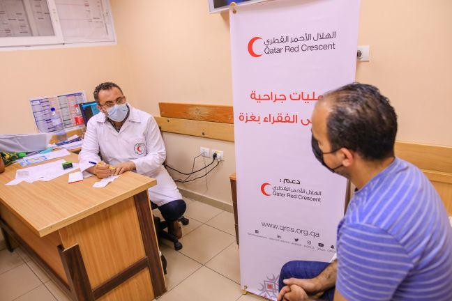 Photo of الهلال الأحمر القطري يدعم إجراء عمليات جراحية في غزة