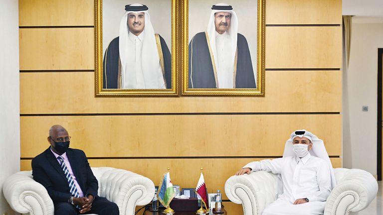 Photo of وزير التعليم يجتمع مع وزير التربية الجيبوتي