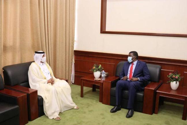 Photo of عضو مجلس السيادة الانتقالي في السودان يجتمع مع سفير قطر