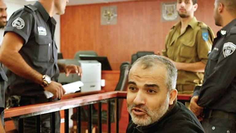 Photo of إسرائيل تصف أسيرًا فلسطينيًا ب«الشبح».. وترفض إطلاق سراحه