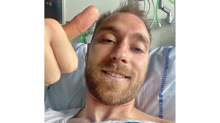 Photo of إريكسن من على سريره في المستشفى: أنا بخير رغم الظروف