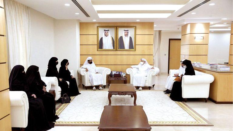 Photo of وزير التعليم: الأوطان تُبنى بسواعد المتميزين