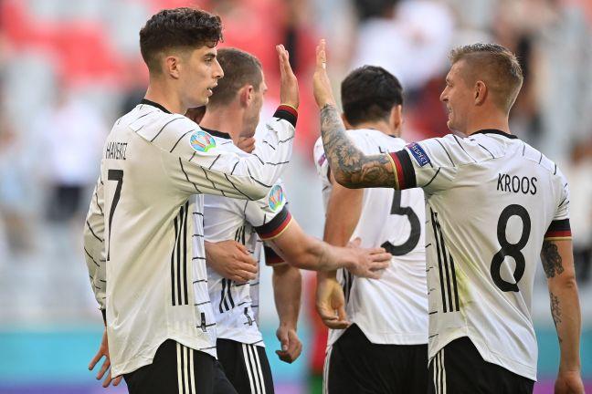 Photo of غياب 3 لاعبين عن ألمانيا