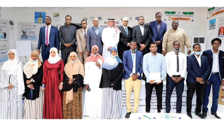 Photo of المكتبة الوطنية تعزز التعاون مع المكتبة الصومالية