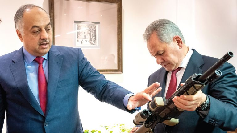 Photo of د. خالد العطية يبحث مع وزير الدفاع الروسي تعزيز العلاقات بالمجالات العسكرية