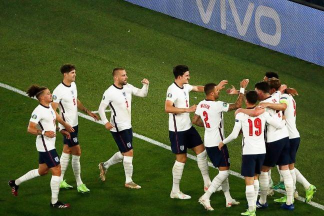 Photo of كأس أمم أوروبا: لقاء قوي بين إنجلترا والدنمارك على بطاقة التأهل الثانية للنهائي