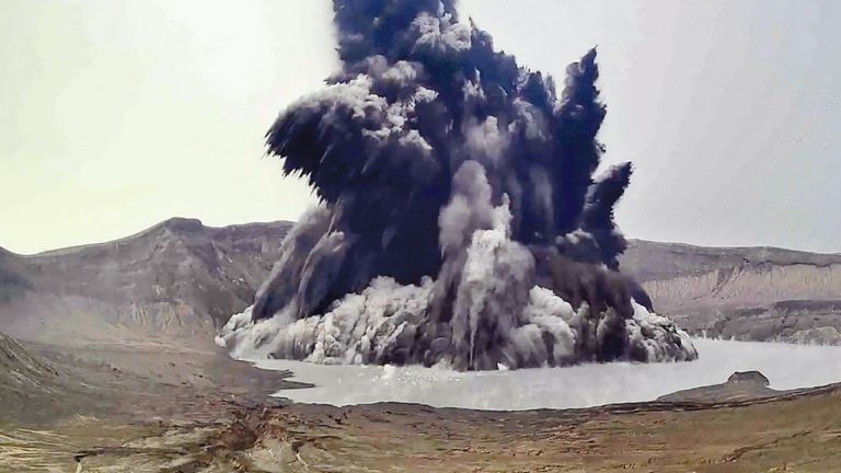 Photo of تحذير من ثوران آخر لبركان تال