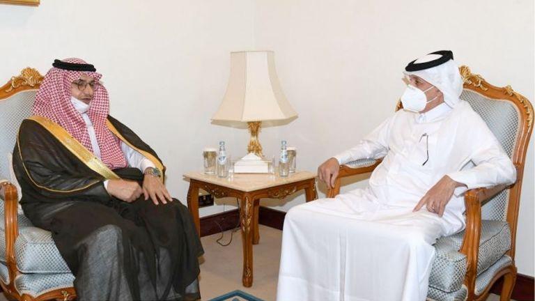 Photo of وزير الدولة للشؤون الخارجية يجتمع مع السفير السعودي