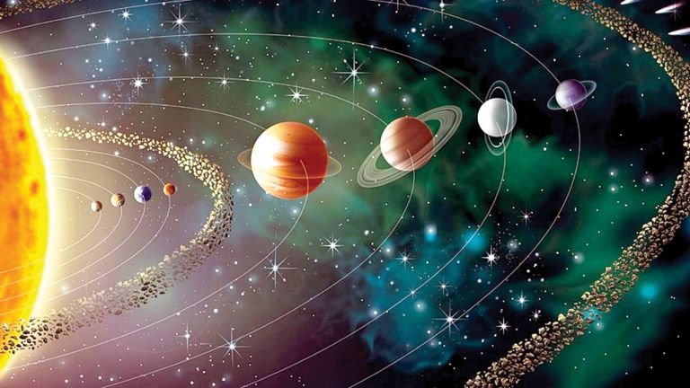 Photo of 5 كواكب تلتقي القمر في سماء قطر الشهر الجاري