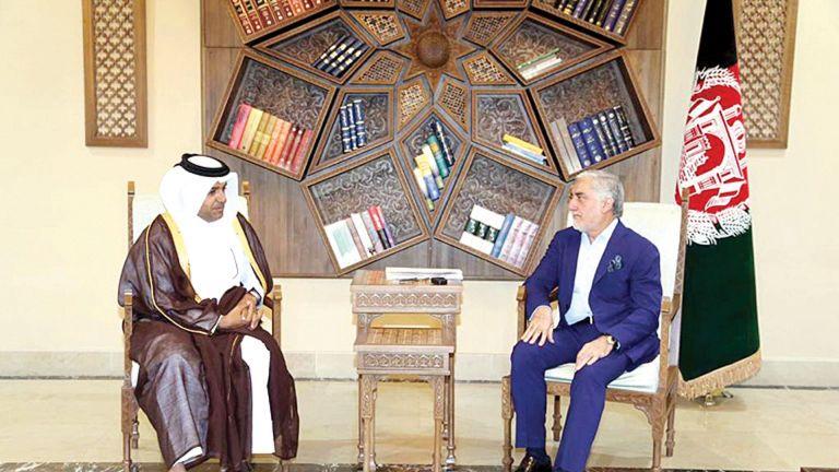 Photo of القحطاني يبحث مع رئيس المصالحة بأفغانستان مفاوضات الدوحة