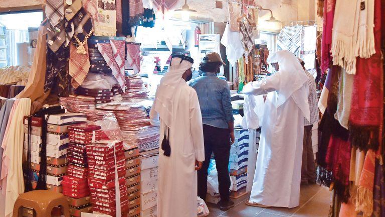 Photo of العيد ينعش حركة البيع بسوق واقف