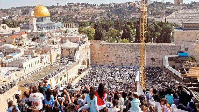 Photo of دعوات فلسطينية لتكثيف شد الرحال للأقصى يوم عرفة
