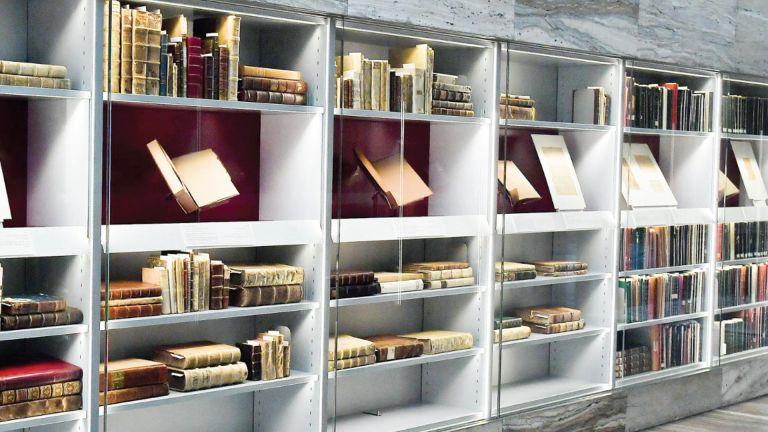 Photo of المكتبة الوطنية تستعرض جهودها في حماية التراث