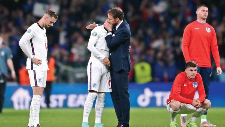Photo of أتطلع لقيادة الإنجليز في مونديال 2022