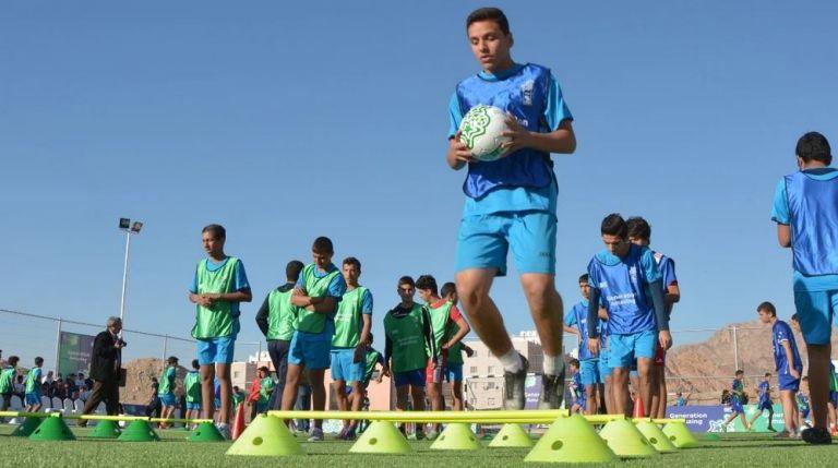 Photo of الجيل المبهر والكونكاكاف يطلقان برنامجاً ضمن أنشطة كرة القدم من أجل التنمية في أمريكا الشمالية والوسطى والكاريبي