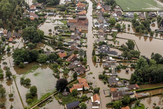 Photo of ألمانيا تبدأ إحصاء الخسائر جراء الفيضانات المدمرة وأعداد الضحايا ترتفع