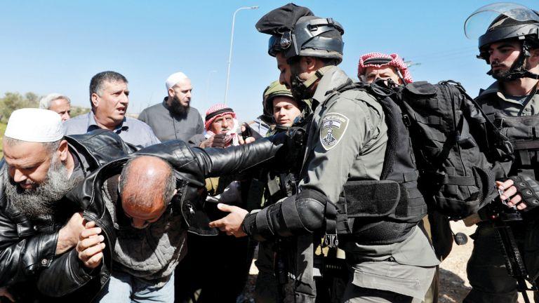 Photo of فلسطين ترحب بالإدانات الدولية لانتهاكات الاحتلال