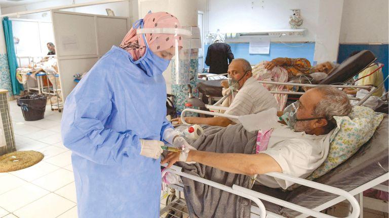 Photo of تونس: اكتظاظ في مراكز التطعيم