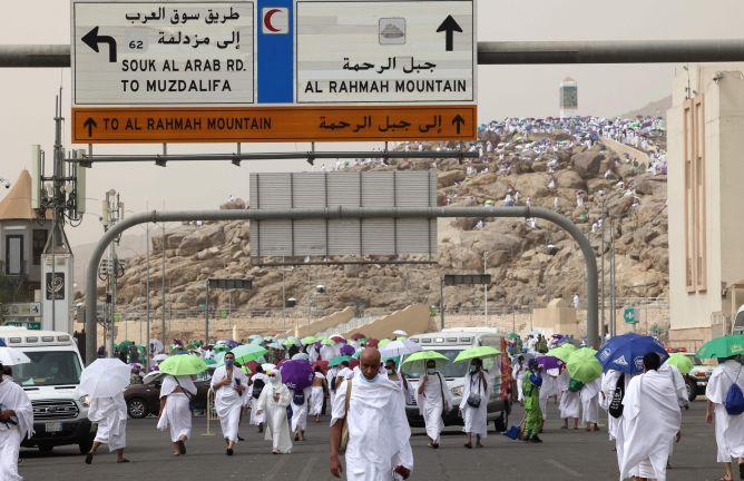 Photo of حجاج بيت الله الحرام يستقرون في مشعر مزدلفة