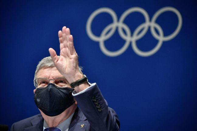 """Photo of باخ يقر بـ""""شكوكٍ"""" و""""ليالٍ بلا نوم"""" بسبب التحضيرات المضطربة لاستضافة أولمبياد طوكيو"""