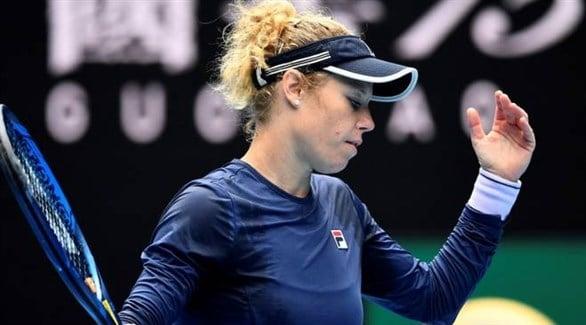 Photo of لاعبة التنس الألمانية سيجموند تبدي صدمتها إزاء حالة القرية الأولمبية لدورة طوكيو