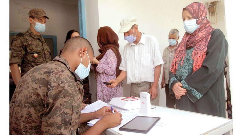 Photo of تونس: الرئيس يكلف الجيش بإدارة أزمة كورونا