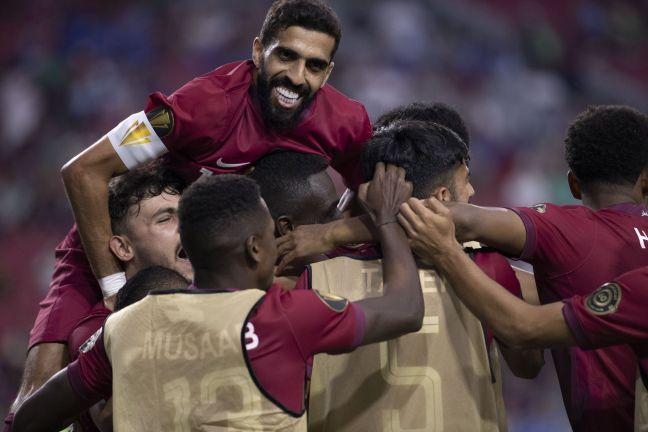 Photo of منتخبنا العنابي يسطر التاريخ في بطولة الكأس الذهبية