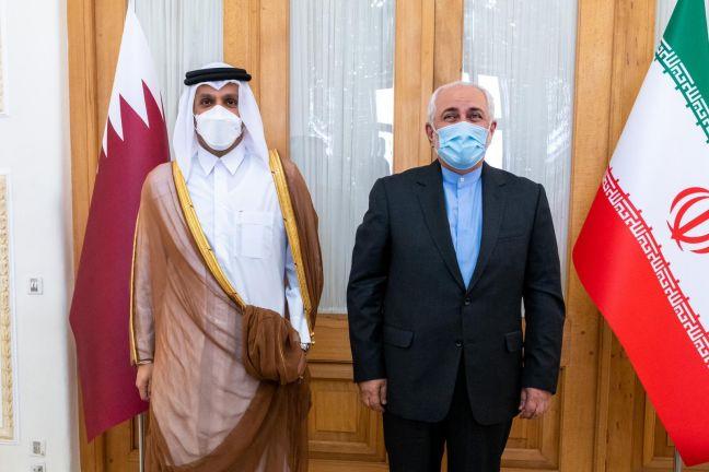 Photo of نائب رئيس مجلس الوزراء وزير الخارجية يجتمع مع وزير الشؤون الخارجية الإيراني